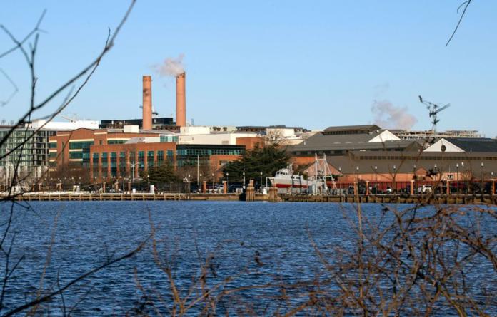 Navy Yard, Anacostia River